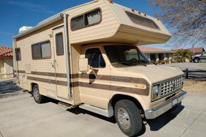 88 Ford Jamboree RV for Sale in Hesperia, CA