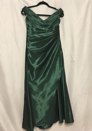 Belsoie dress girls size 16 for Sale in Phoenix, AZ