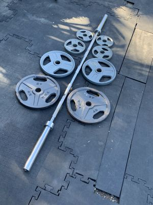 Olympic bar and weight plates for Sale in Corte Madera, CA