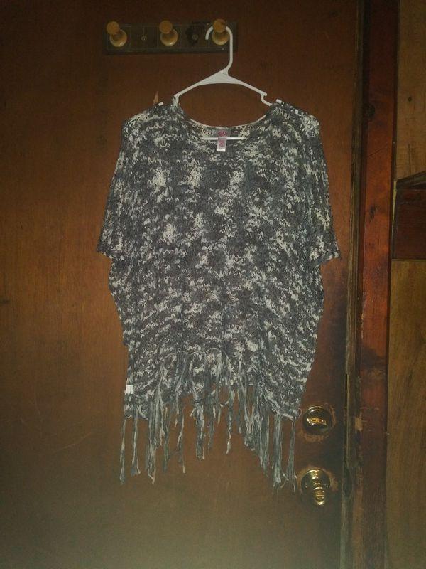 Girl's 12-14 clothes