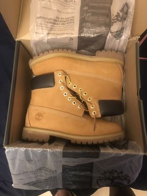 Authentic timberland boots size 9 worn once for Sale in Philadelphia, PA