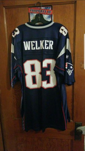 Patriots jersey number 83 Welker for Sale in Woonsocket, RI