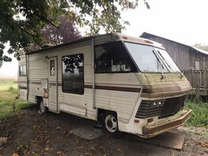 1983 RV in mint condition with only 38k miles! Needs some work to motor but pristine otherwise! for Sale in Arlington, WA