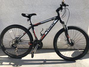 Like new trek bike for Sale in San Marcos, CA