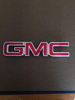 GMC Yukon and Yukon xl grille emblem for Sale in La Verne, CA