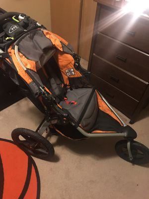 B.O.B jogging stroller for Sale in Obetz, OH