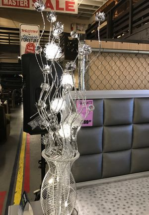 Led floor crystal lamp for Sale in Los Angeles, CA
