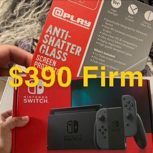 Gray Nintendo Switch Bundle W/ Screen protector for Sale in Bellflower, CA