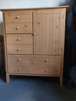 WOOD BUREAU WITH DEEP DRAWS + LARGE STORAGE ON THE SIDE WITH 2 SHELVES/ ALL NOBS TO OPEN ARE THERE/PLEASE READ THE WHOLE AD for Sale in Weymouth, MA