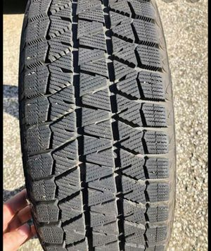 Blizzak snow tires 215/60/17 for Sale in Waterbury, CT