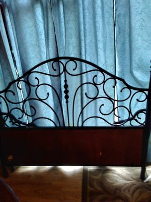 Full size bed frame head board foot board and rails $ 30.00 for Sale in Point Pleasant, WV