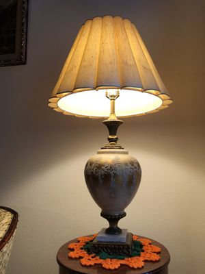 Pair of antique lamps for Sale in Alafaya, FL