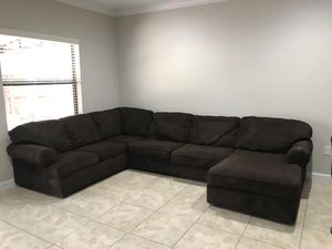 Sectional Couch (Dark Brown) for Sale in Homestead, FL