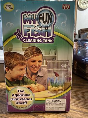 Self cleaning fish tank for Sale in North Las Vegas, NV