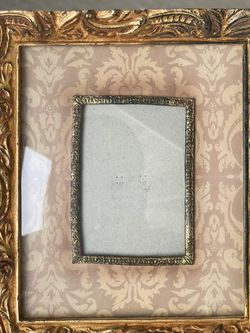 Antique Wood Photo Frame for Sale in Pleasant Hill,  CA