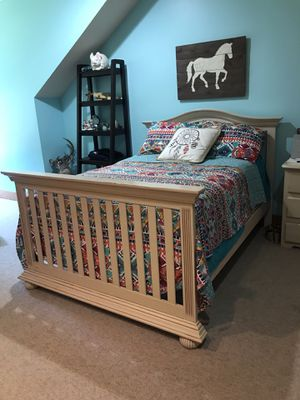 Selling mattress and box springs...bed is free! for Sale in Franklin, TN
