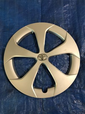 2011-2014 Toyota Prius wheel cover for Sale in Derwood, MD