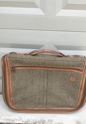 VINTAGE HARTMAN TWEED LEATHER GARMENT BAG LUGGAGE for Sale in Winter Springs, FL