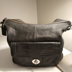 Stylish Elegant Coach Black Leather Tote Bag for Sale in Chicago, IL
