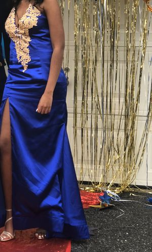 Royal blue prom dress. for Sale in Baltimore, MD
