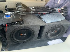 Pro bass subs and planet audio amp for Sale in San Antonio, TX