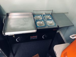 Taco cart grill área 18x18 for Sale in Riverside, CA