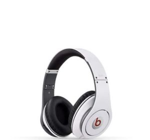 White Studio Beats Headphones for Sale in UPR MARLBORO, MD
