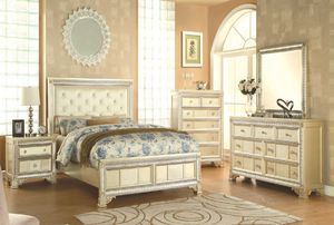 Beautiful queen size Aurora model light golden wood finish with pearl leatherette seat covers 4-Piece bedroom set for Sale in Washington, DC