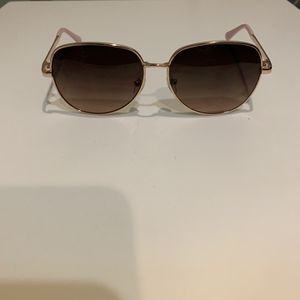 Aeropostale Women's Pink Gold Classic Aviator Sunglasses for Sale in Bel Air, MD