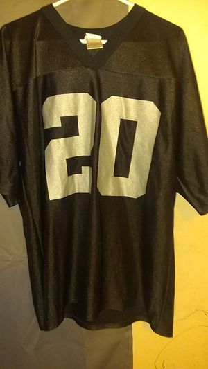 Raiders McFadden jersey for Sale in Phoenix, AZ