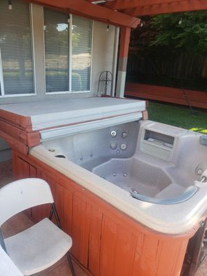 Hot Tub for Sale in Morgan Hill, CA
