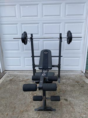 Weight bench press rack with barbell and of weights (90 lbs total) for Sale in Snohomish, WA