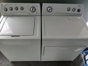 WHIRLPOOL WASHER AND DRYER SET for Sale in Brentwood, NC