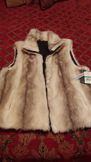Faux fur reversible zippered vest by Gallery for Sale in Hensley, AR