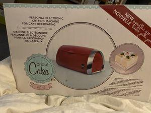 Cricut cake mini new in box for Sale in Sugarloaf, PA