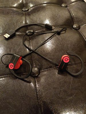 Apple Powerbeats 3 for Sale in Miami, FL