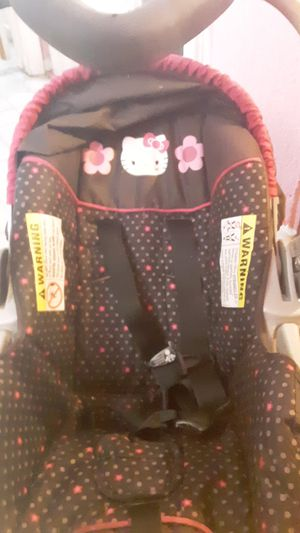 Hello Kitty Car seat for Sale in Las Vegas, NV