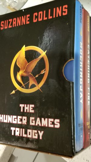 The trilogy Hunger games for Sale in Miami Beach, FL