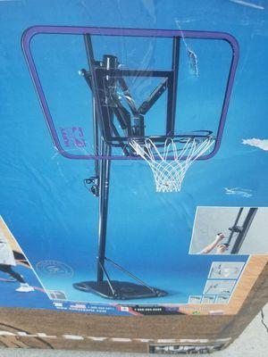 Basketball court brand new for Sale in Bellflower, CA