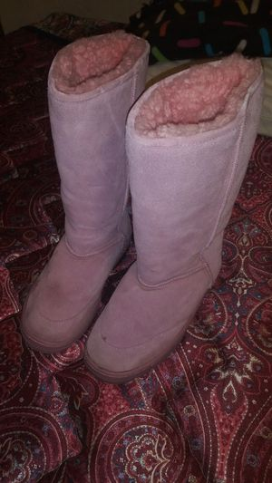Pink Cozie winter boots Size 7 for Sale in Porter, TX