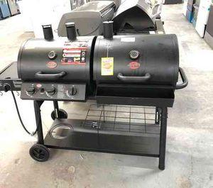 Char-Griller 5050 AFE for Sale in El Paso, TX