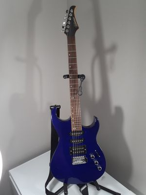 Silvertone Electric Guitar for Sale in Las Vegas, NV