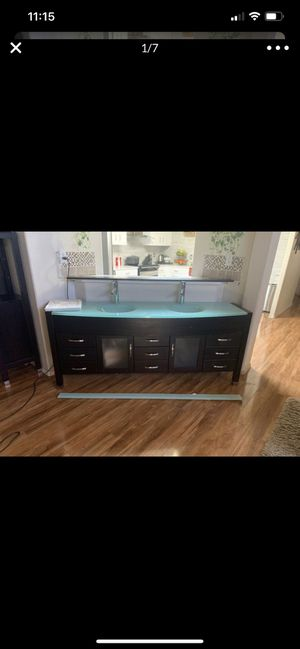 SET OF New vanity with backsplash (read description) can be sold by piece for Sale in Lakewood, WA