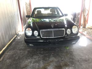 1998 Mercedes benz for parts for Sale in San Jose, CA