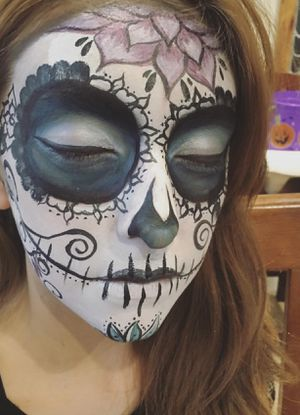 Halloween face painting for Sale in Orange, CA