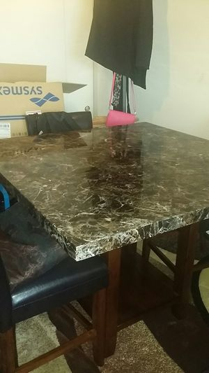 Table dining for Sale in Columbus, OH