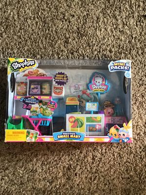 Shopkins pick n pack small mart play set. for Sale in Port St. Lucie, FL