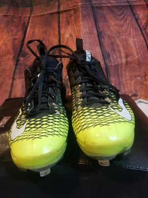 Used nike baseball men cleats size 10.5 $20 for Sale in Burnham, IL
