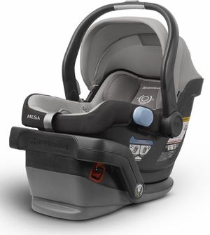 Uppababy infant car seat and base for Sale in Georgetown, TX