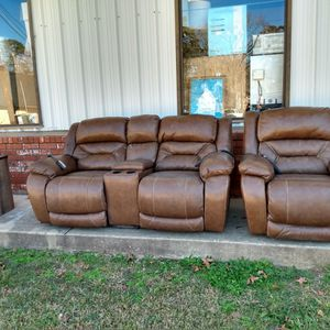 Very Nice And Very Heavy Sofa Set Used But In Good Condition 3 Piece for Sale in Pineville, LA